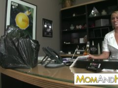 Melanie Monroe Super Warm Insatiable Manager Lady