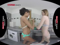 Realitylovers Vr - Youthful Girl-on-girl Virgins