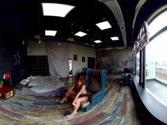 Prachtige amateurmeisjes die dansen en plagen in deze exclusieve VR-video