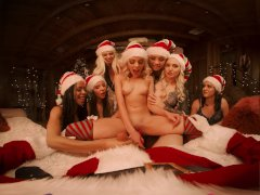 VRBangers Christams Orgy With Abella Danger And 7 Sexy Elves VR Porn