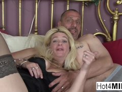 Blonde Milf Lets Him Jizm In Her Pussy