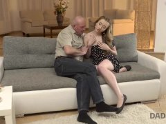 Daddy4k. Angry Guy Calls Woman Superslut When Finds Her Bare With Dad