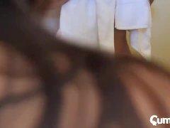 CUM4K kruipende stap dochter kruipend over grote lul gekropen