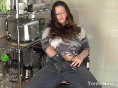 Yanks Plus-size Jessica Gains Pleasure Button Play