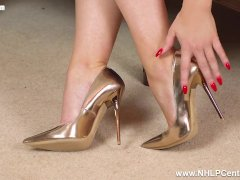 Naked busty blonde Penny Lee wants spunk on her sexy gold designer heels