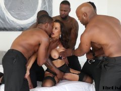 Top Cougar Lisa Ann Double Penetration Gang-fucked Earlier Than Multiracial Facial