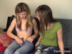 Yanks Lesbos Ginger And Tessa Dual Cumming