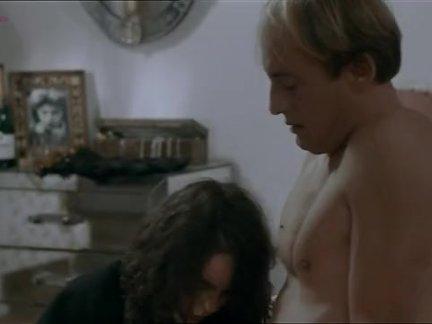 Дружище смачно трахает раком порно актрису