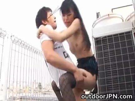 Секс телочки в тату с темпераментным соседом