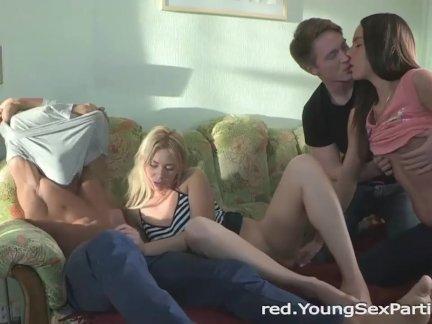 Секс с грудастой брюнеткой в качеcтве HD