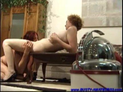грудастая деваха Саманта на со своим парнем