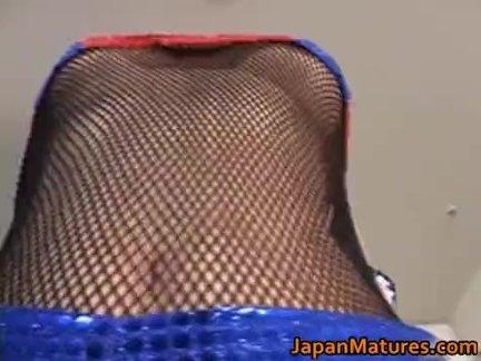 Маки Томада зрелый азиатский