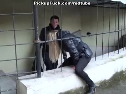 Мулатка на кастинге показала возможности своего тела и влагалища