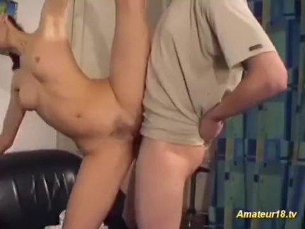 Анальный секс молодой азиатской куколки
