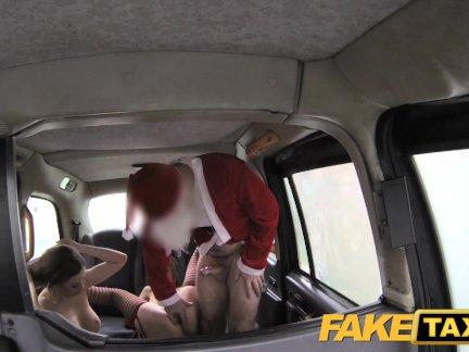 Поддельные такси анальные эльфы в Санта-втроем