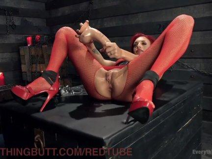 Лесбиянки рыжие милф анал мастурбация