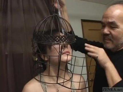 Субтитры японский бдсм птица клетка нос крючки