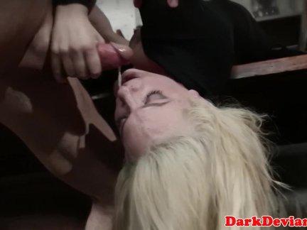 Захваченные сексславе покорили и горло