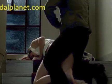Кэролайн дюке ебёт в лестница в романтика фильм