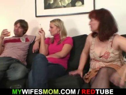 Жена смотреть его ебёт ее мама