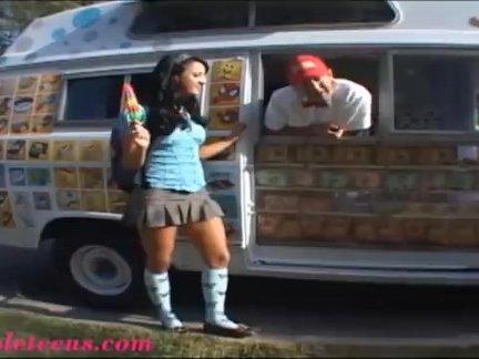 Мороженое грузовик, наконец, школьница - первый большой член и кончить