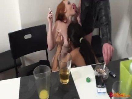 Секс-вечеринка со старшим зрителем