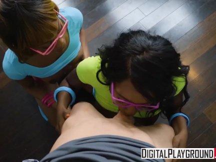 Дигиталплайграунд-два горячая негритянка подростки поделиться белый отчим