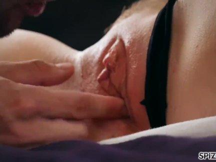 Спизу-смотреть сильвия сейдж взять большой член в ее туго мокрая киска