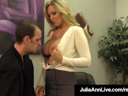 Взрослый победитель премии джулия энн сливы член с горячей мастурбирует!