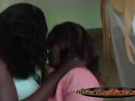 Лесбиянка девушка приятно друг друга