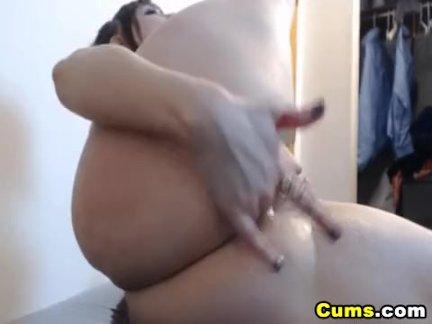 Горячая сексуальный детка вам голый и дикий на камера