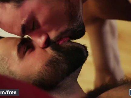 Мужчины-джейкоб петерсон и джейкоб тейлор-медовый месяц для одной части