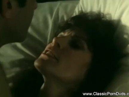 Горячая кровный мамаша классический секс