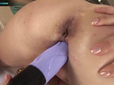Сексуальный мамочка кэти сладкий один по в бассейн