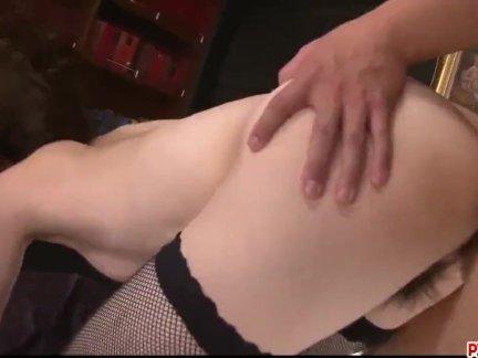 Маки ходжо пытается более чем один член в серьезное порно-больше в писсжп ком