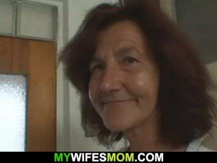 Очень старые подружки мама наездница его член