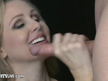 Красивые блондинка мамочка джулия энн грохнули по большой член жить