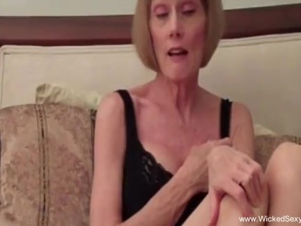 Хардкор бабушка секс играть дома