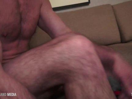 Татуированные член шлюха данте глотает марко толстый папа член мясо