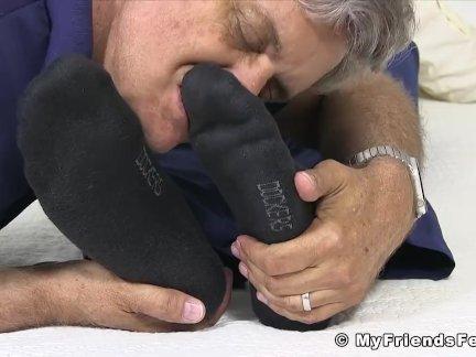 Ноги поклонялись бизнесмен пользуется каждый момент сосут