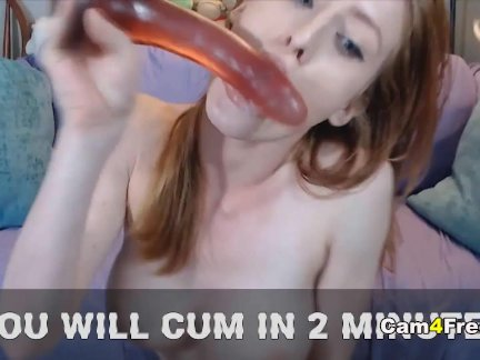 'Hot Babe Sensually Plays Her Pussy'