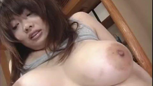 Big tits Sakura shows off in raw solo