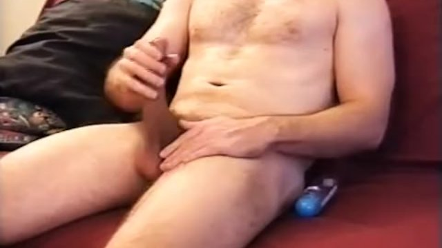 Young Amateur Braden Jerks Off