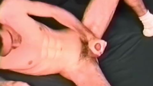 Young Amateur Justin Jerks Off
