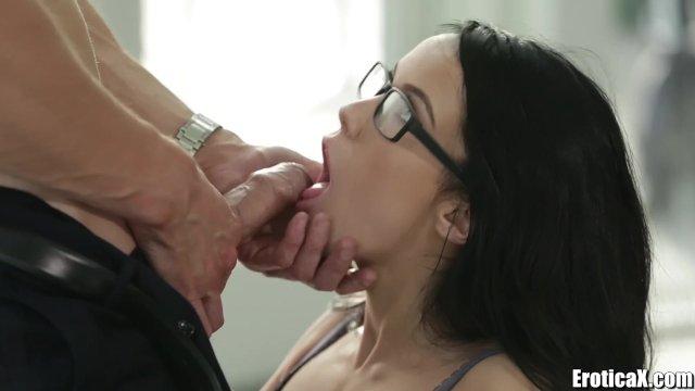 Film Pornografic Cu Pasarici Brunetele Ochelariste