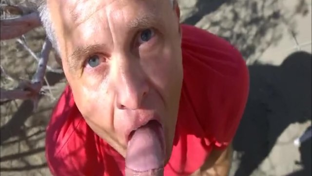 Deepthroating a Horny Huge Cock