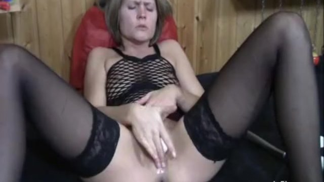 Double fisting and toilet brush fucking milf