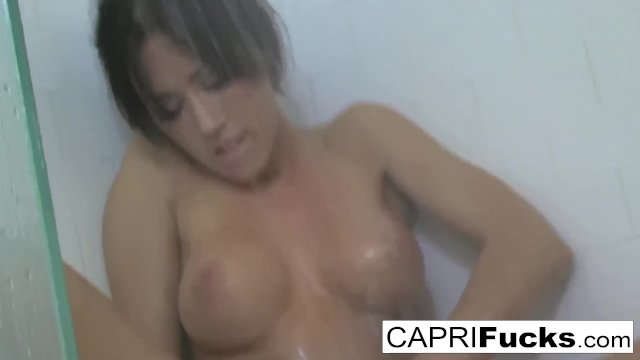 Capri loves to finger her tight cunt