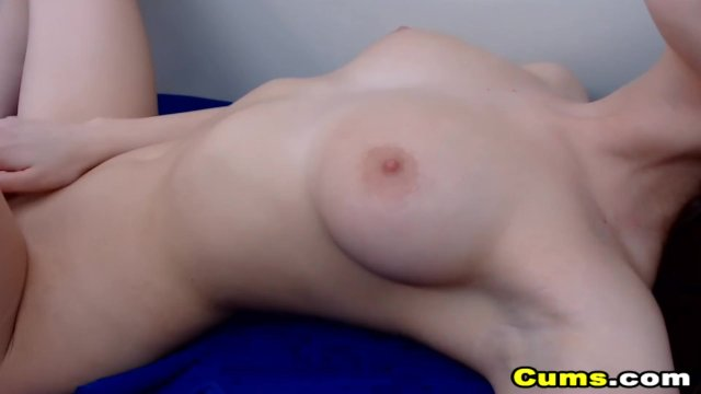 Lovely Babe Fuck Her Pussy By Fingers