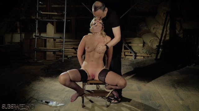 Teenager tied up screaming in pleasure she wants cum and bdsm punishment